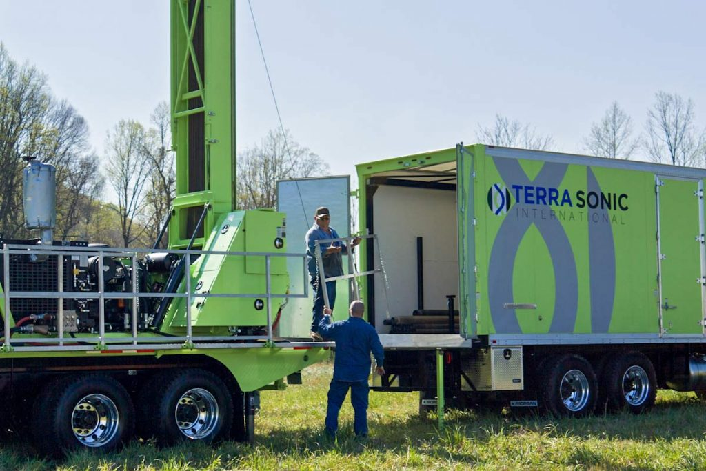 TSi Support Truck for sonic drill rig in use