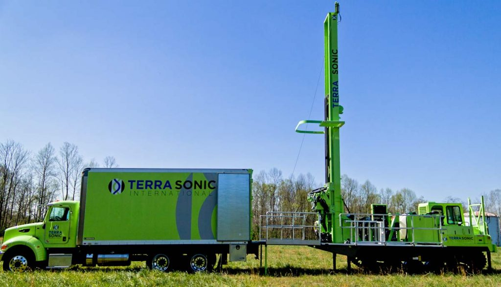 TSi Support Truck for sonic drill rig side profile with crawler sonic drill rig