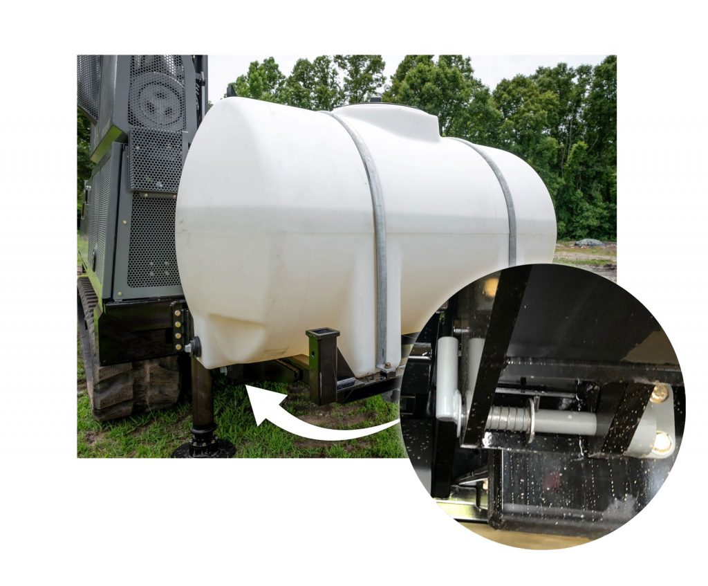 Mounted water tank for sonic drill rig